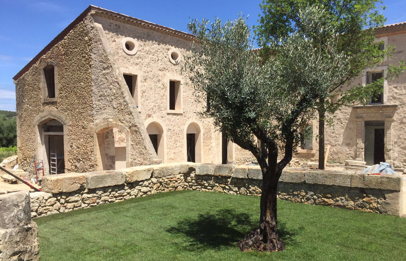 Mediterrane beplanting amazing project mediterrane villatuin in